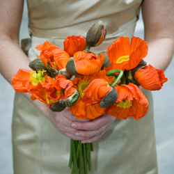 bride-bouquet-orange-floral