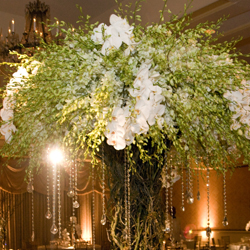 crystal-centerpiece-floral