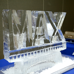 max-ice-sculpture