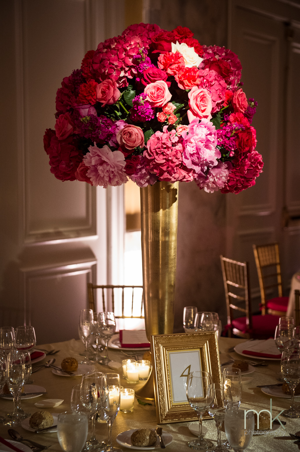 35 Amazing Gold Wedding Decorations | Table Decorating Ideas