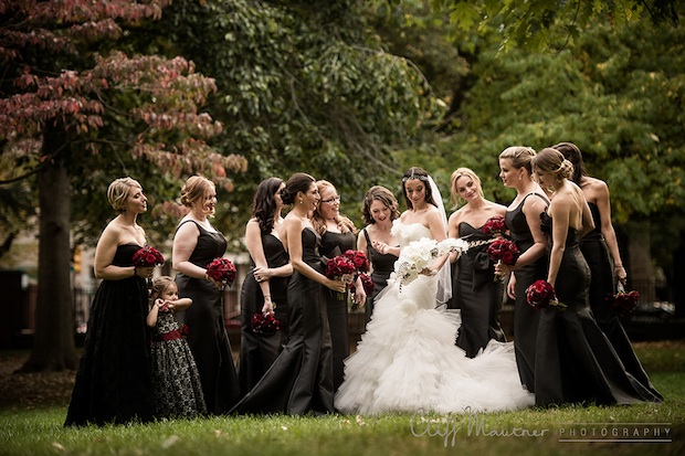 Wedding Wednesday: Red, White and Black | Beautiful Blooms