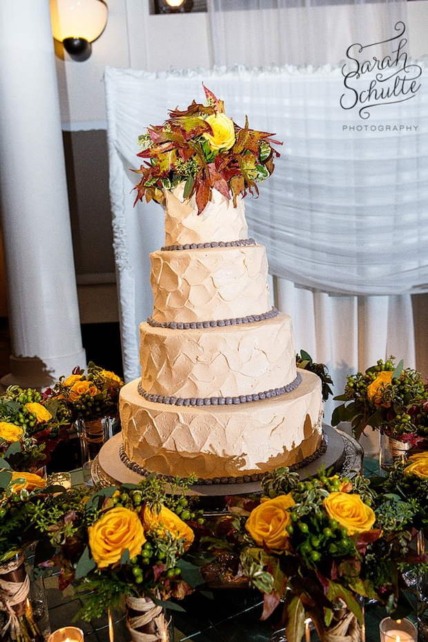 Beautiful Blooms Sarah Schulte Curtis Center Reception Cake Bouquets Autumn Leaves Berries