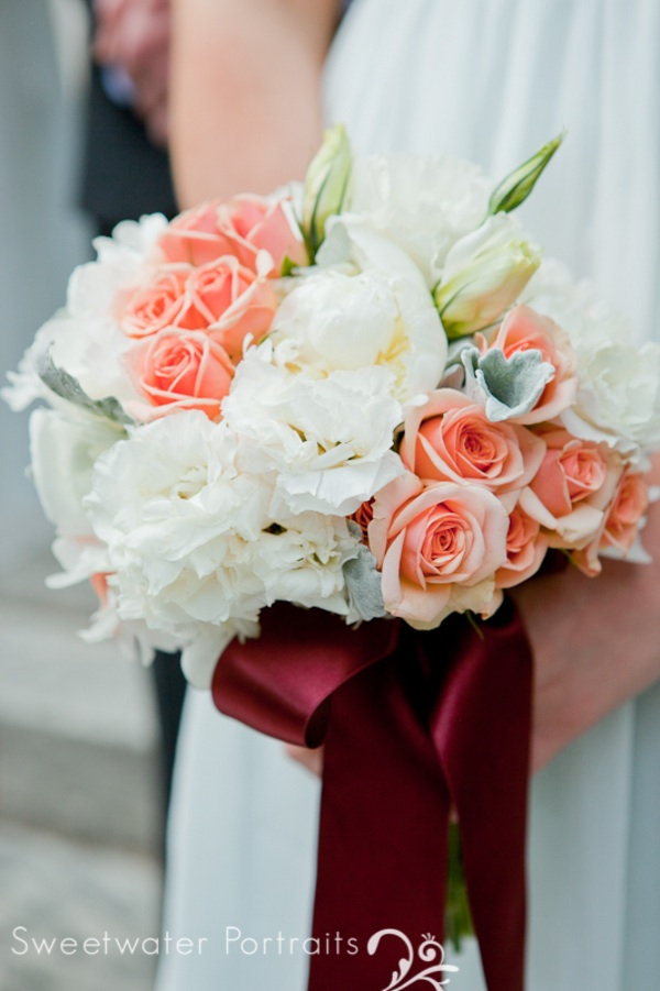 Beautiful Blooms Sweetwater Portraits Bridesmaids Bouquets Peach Ivory White Lisianthus Roses Peonies Burgundy Ribbon