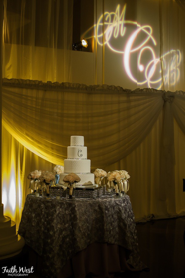 Beautiful Blooms Faith West The Curtis Center Gobo Cake Bouquets
