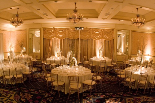 A Summer White Wedding At The Four Seasons Beautiful Blooms
